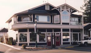 Store - original photograph v2